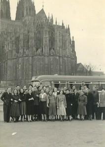 Gruppenbild vor dem Kölner Dom